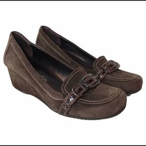 Marc Fisher Abruzza Brown Suede Wedge Loafer 9.5M